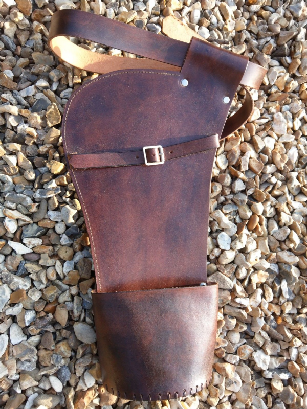 QUIVER hip style leather with belt